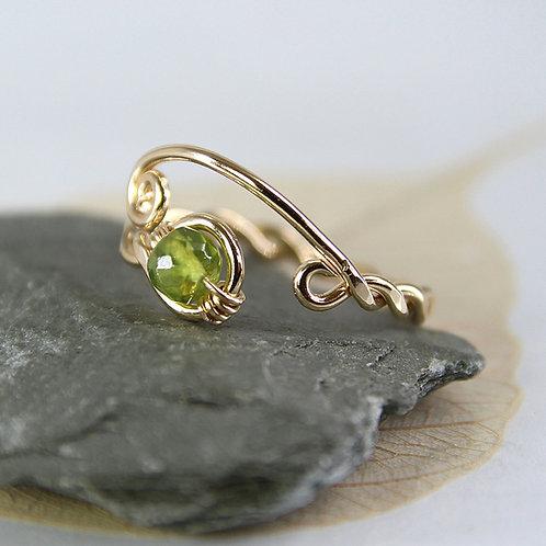 Gold Fill Vesuvianite Twist Ring - Rustic Viking Style