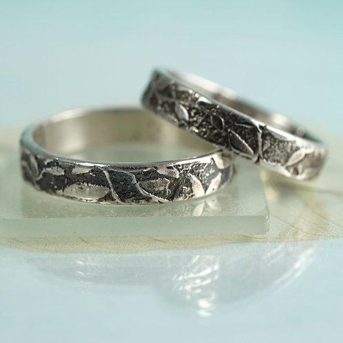 Silver Leaf Ring Scattered Leaves Woodland Band