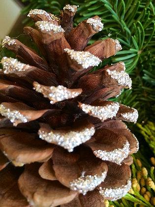 Wintersteen Wreath w/German Glass Glitter