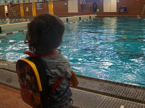 Winnipeg Leisure Guide Swimming Brochure