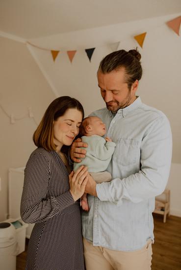 Homestory Neugeborenshooting