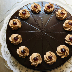 Raspberry Pernod Cake with Ganache