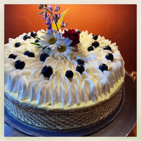 Almond Cream Cake with Lemon
