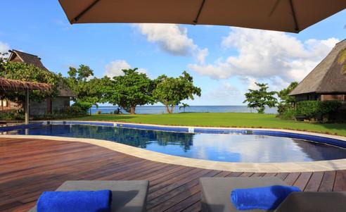 Yatule_Resort_Spa-Pooldeck
