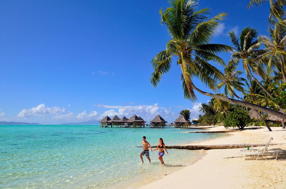 InterContinental_Bora_Bora_Le_Moana_Resort-Sandstrand