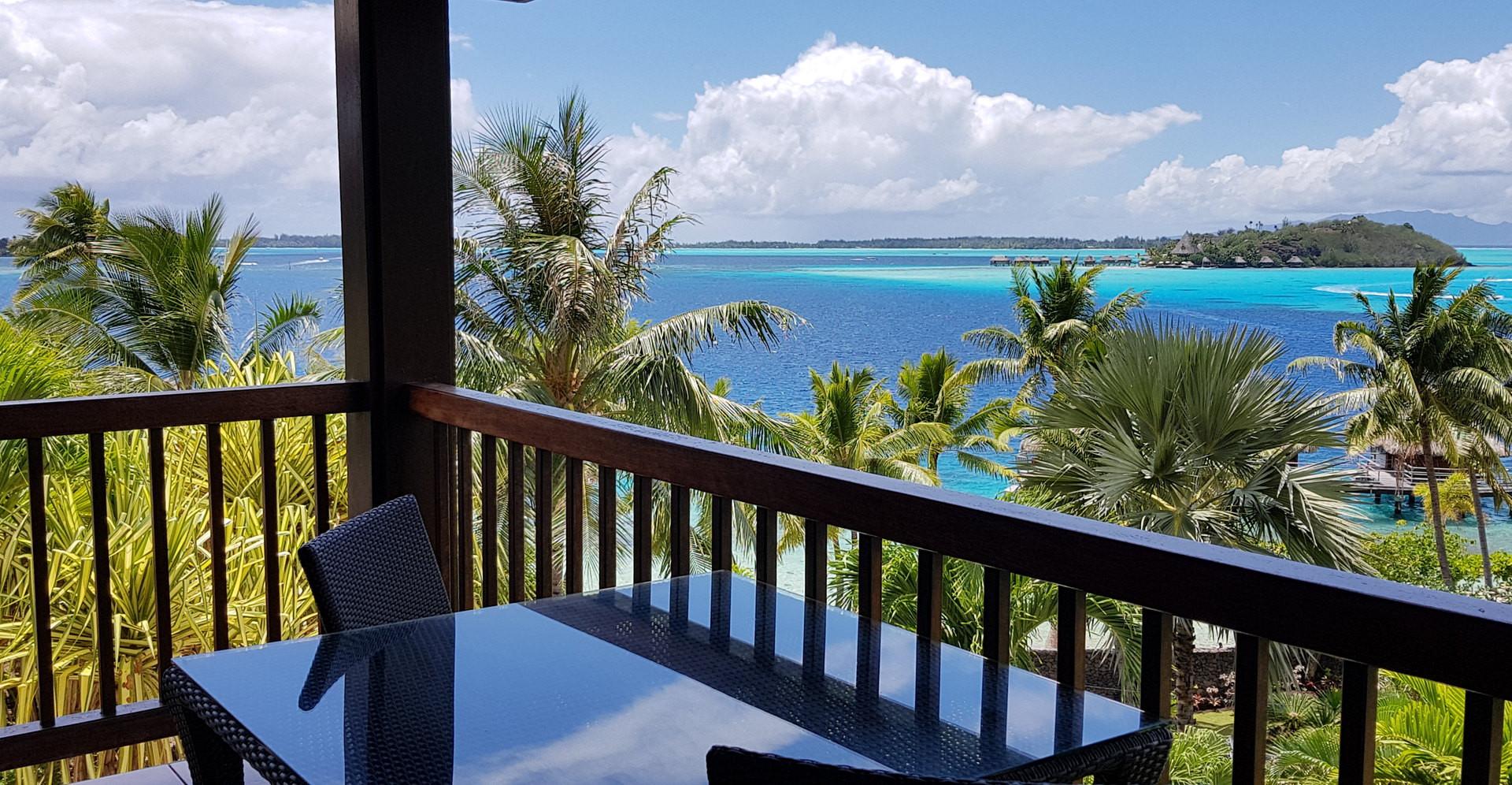 Maitai_Polynesia_Bora_Bora-Ocean_View_Room_Balkon