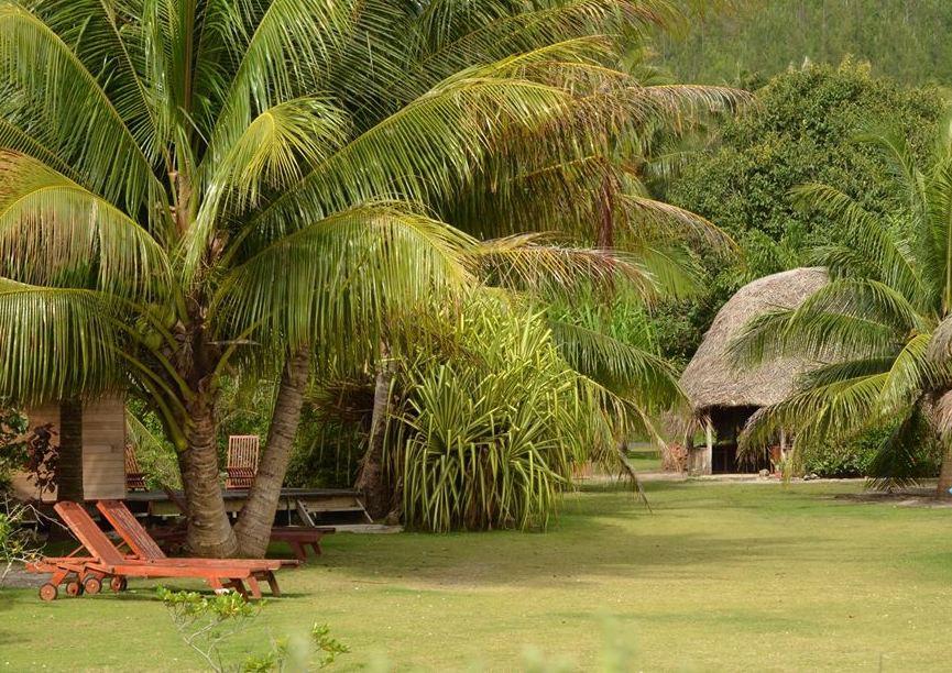 Huahine-Moana_Lodge-Bungalows