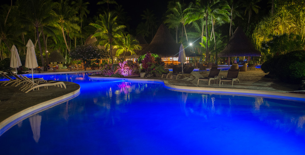 Bora_Bora_Pearl_Beach_Resort-Pool