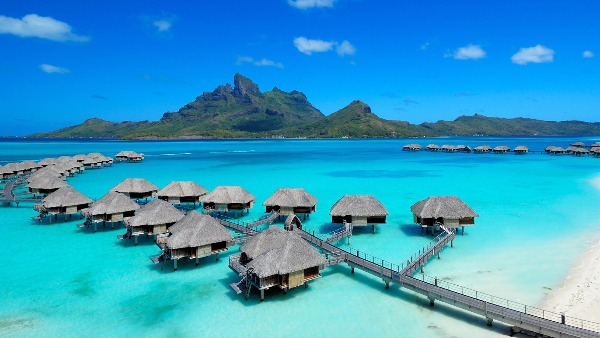 Four_Seasons_Resort_Bora_Bora-Overwater_Bungalows