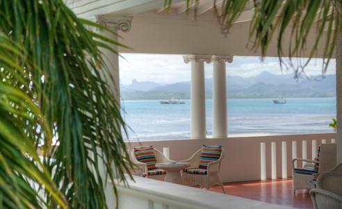 Suva-Grand_Pacific_Hotel-Balkon