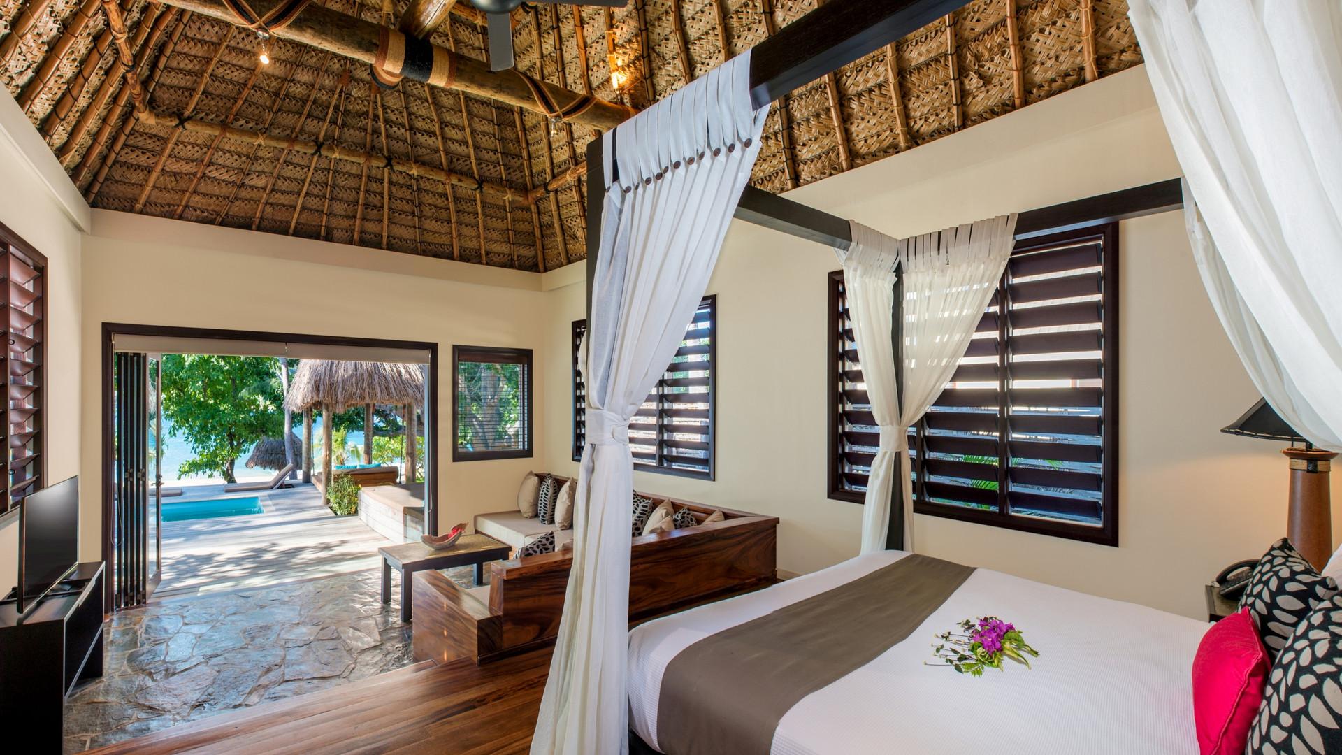 Paradise_Cove_Resort-Suite