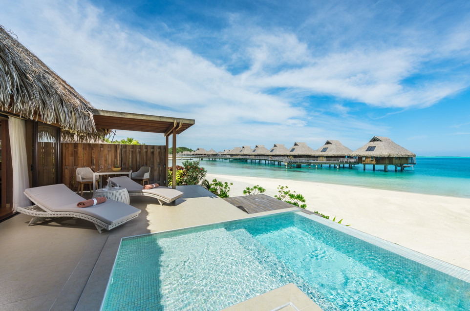 Conrad_Bora_Bora_Nui-Beach_Pool_Villa