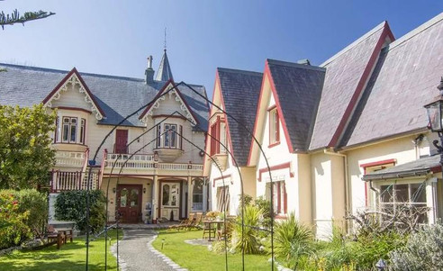 Boutique_Hotel_Warwick_House