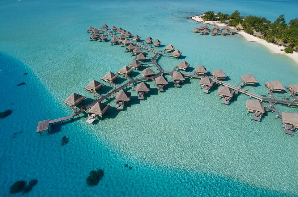 InterContinental_Bora_Bora_Le_Moana_Resort-Overwater_Bungalows