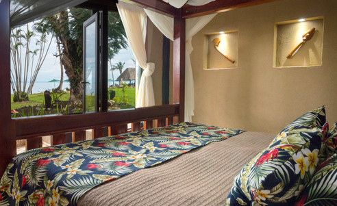 Paradise_Taveuni-Deluxe_Oceanfront_Bure.