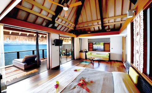 Rangiroa-Hotel_Kia_Ora_Resort-overwater_bungalow