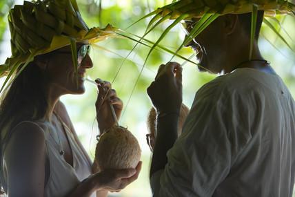 Französisch_Polynesien-Kokosnuss_Cocktail