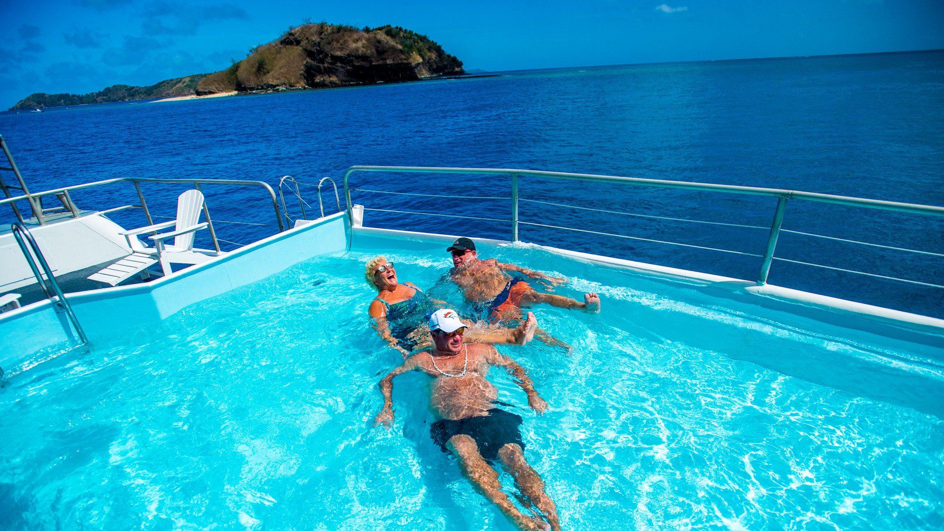 Blue_Lagoon_Cruises-Pool