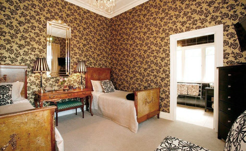 Eden_Park_Bed_Breakfast_Inn-Cream_Room