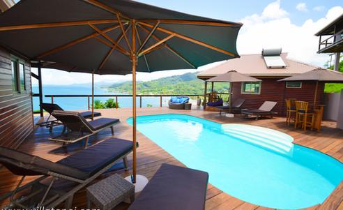 villa_tonoï-swimmingpool