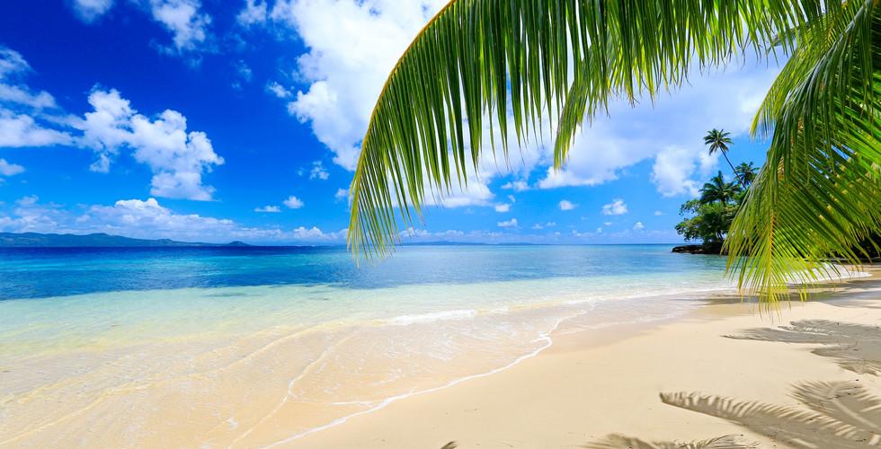 Matangi Island Resort / Strand