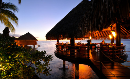 Intercontinental_Tahiti-Overwater-Restaurant