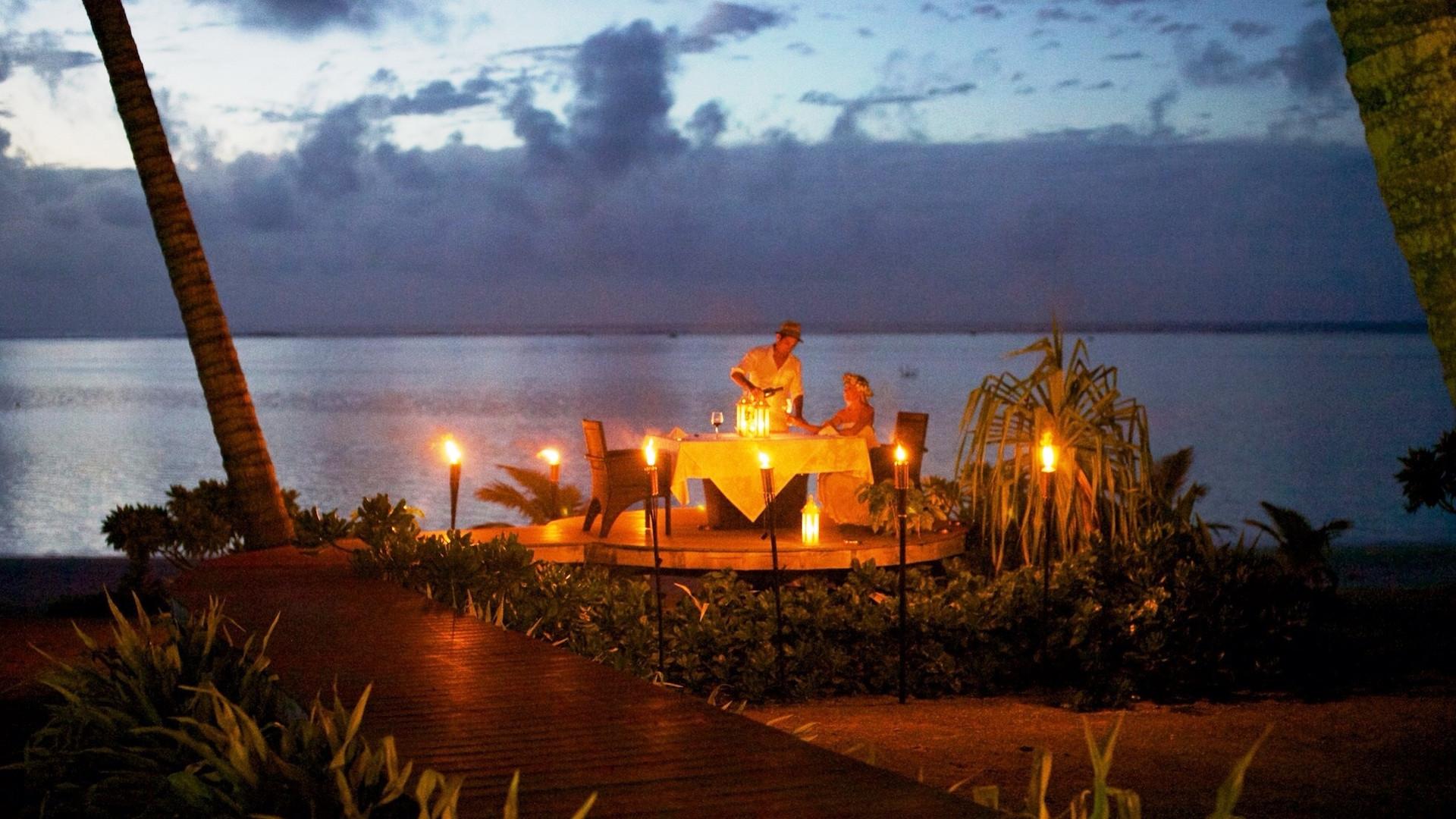 Aitutaki Escape / Privates Candle Light Dinner am Strand