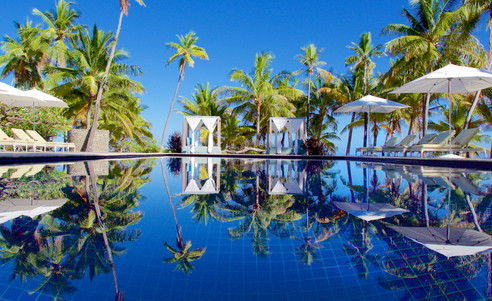 Vomo_Island_Resort-Pool