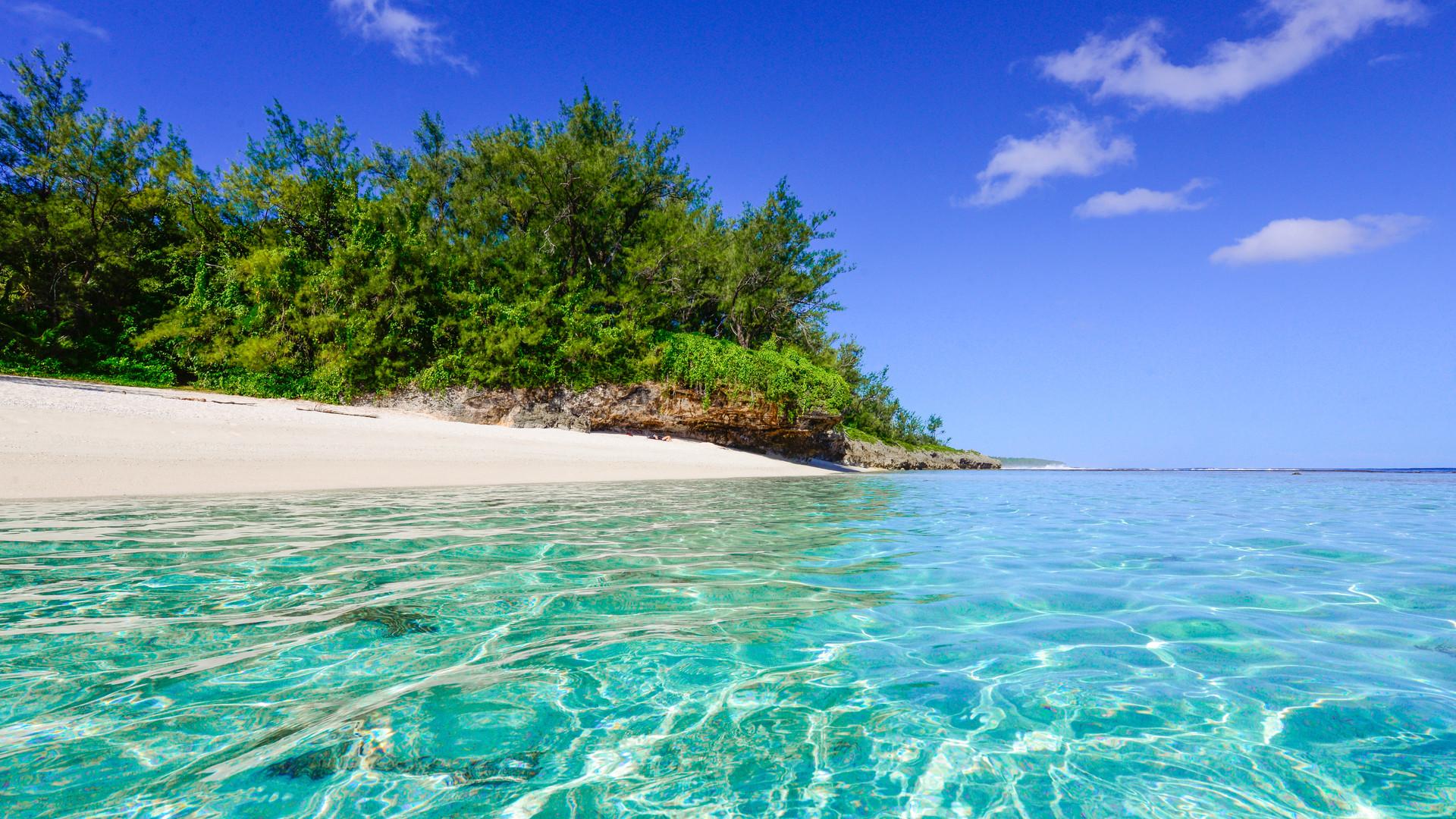 Cook_Inseln-Atiu-Strand