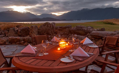 Fiordland_Lodge-Terrasse_mit-Aussicht