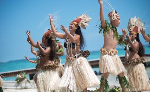 Hilton_Moorea_Lagoon_Resort-Tanz