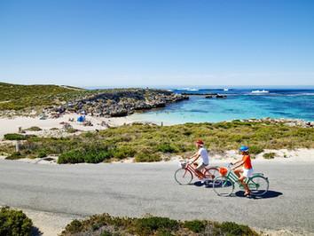 Fahrradtour auf Rottnest Island vorbei an traumhaften Buchten