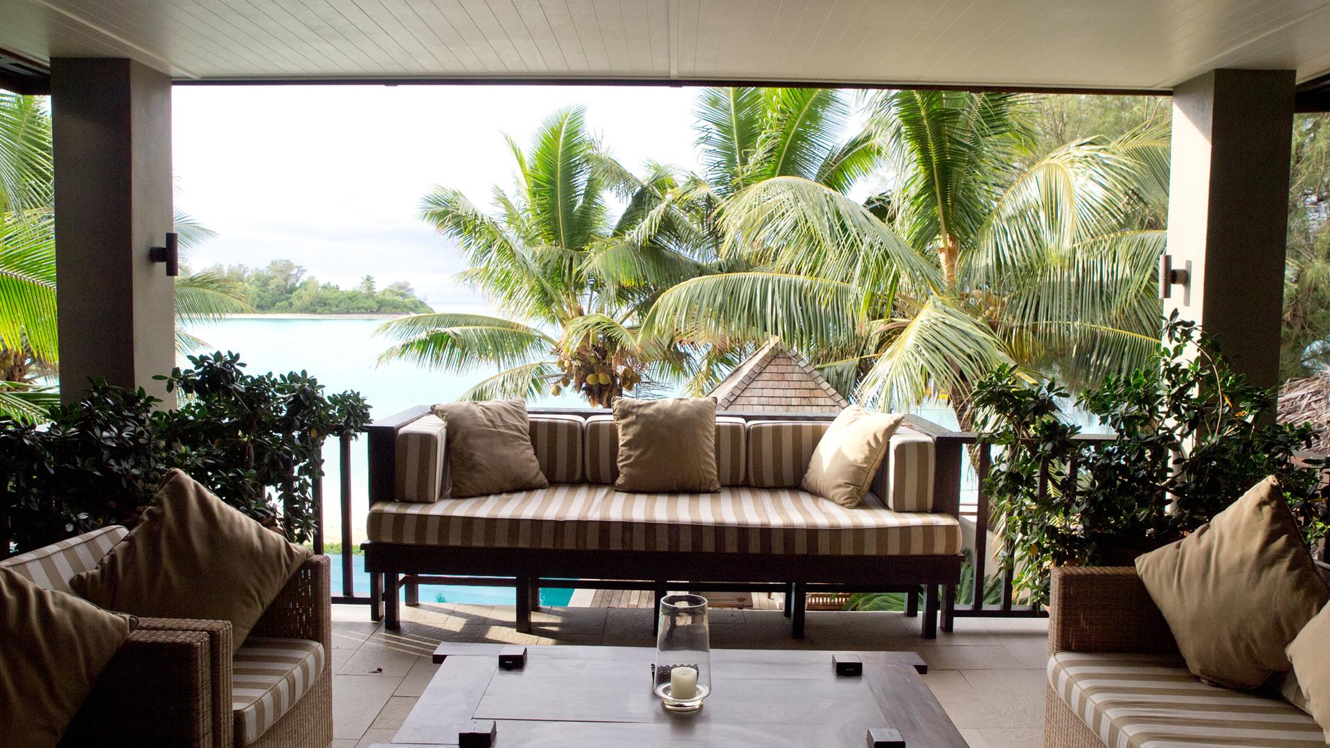 Cook_Inseln-Te_Vakaroa_villa-Terrasse