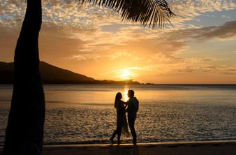 Fijis berühmte Sonnenuntergänge
