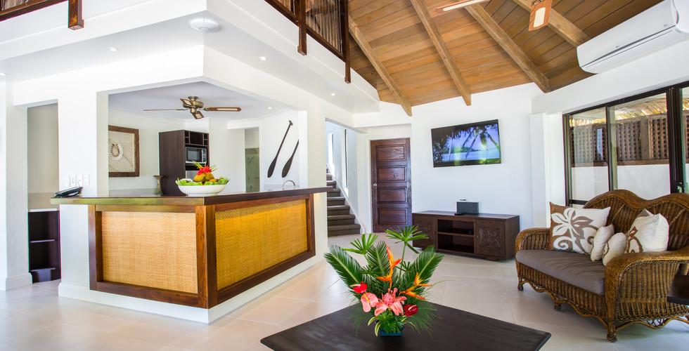 Pacific_Resort_Rarotonga-Bungalow-innen.