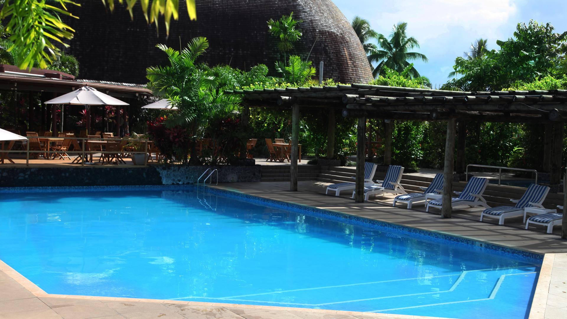 Tanoa_Tusitala_Hotel-Deluxe_Pool