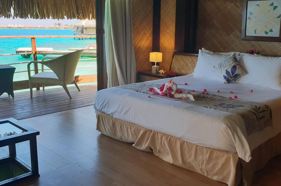 Maitai_Polynesia_Bora_Bora-Overwater_Bungalow-Innenausstattung