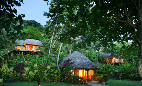 Matangi_Island_Resort-Baumhaus-Bure