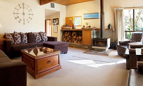 Te_Wanaka_Lodge-Lounge