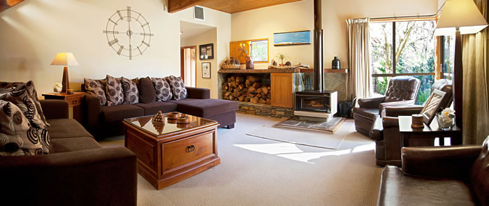 Te_Wanaka_Lodge-Lounge