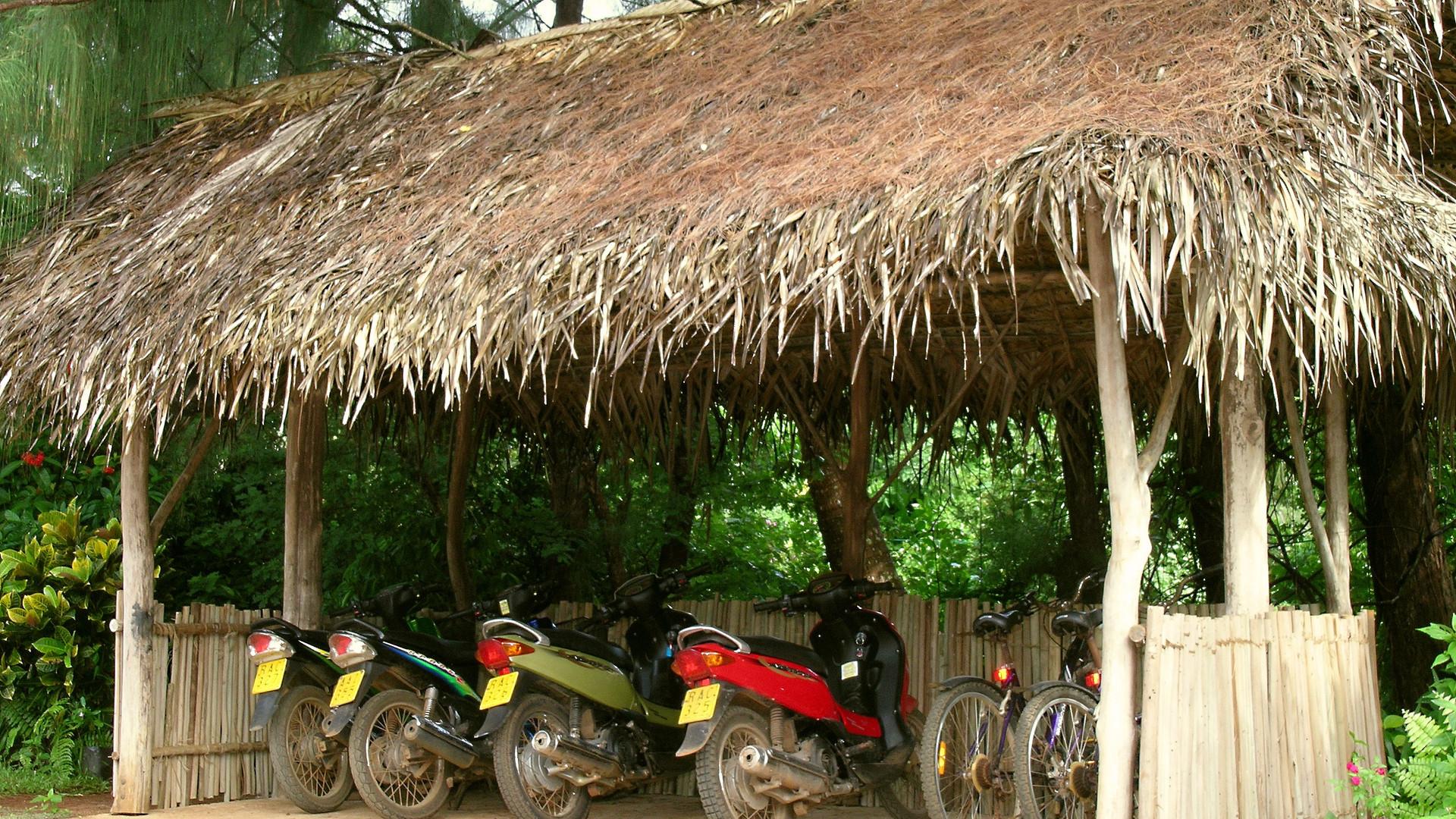 Atiu_Villas-Mopeds