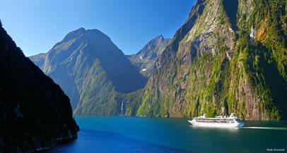 Fiordland Cruise