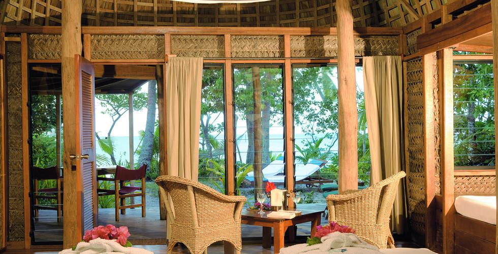 Fafa_Island_Resort-Superior-Fale_Innen3