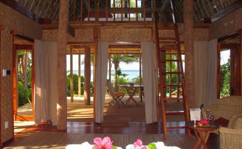 Fafa_Island_Resort-Lounge