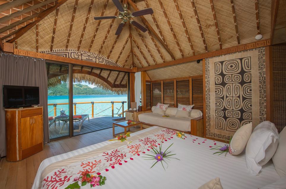 Le_Bora_Bora_by_Pearl_Resorts-Overwater_Bungalow-Innenausstattung