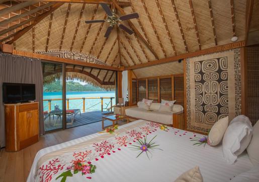 Bora Bora Pearl Beach Resort - Overwater Bungalow innen