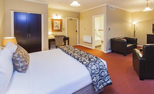 Chateau_Tongariro_Hotel-Suite