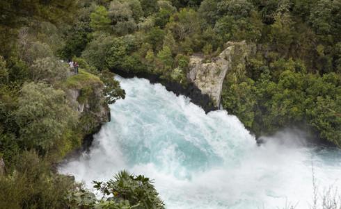 Neuseeland-Huka-Falls-Lake-Taupo