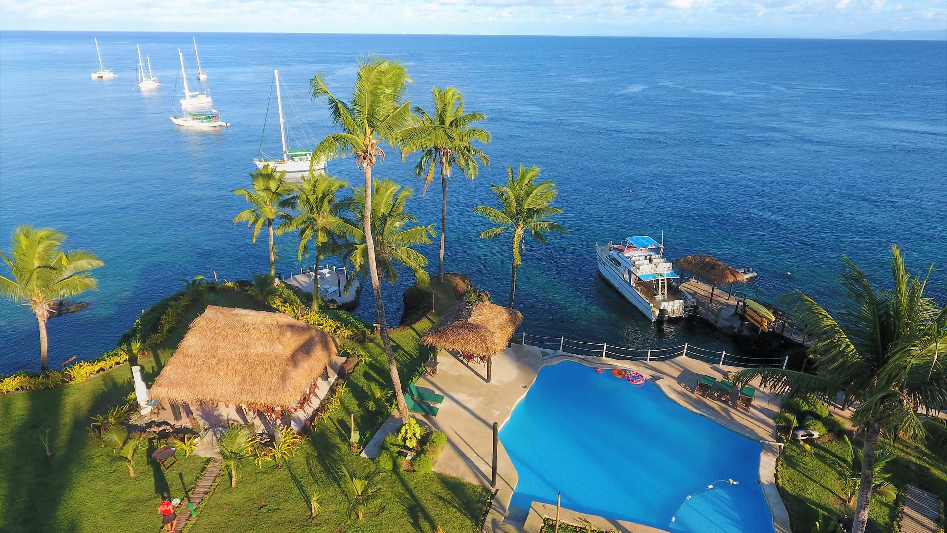 Paradise_Taveuni-Pool