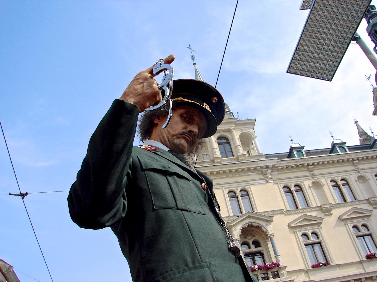 polizist 4c.png